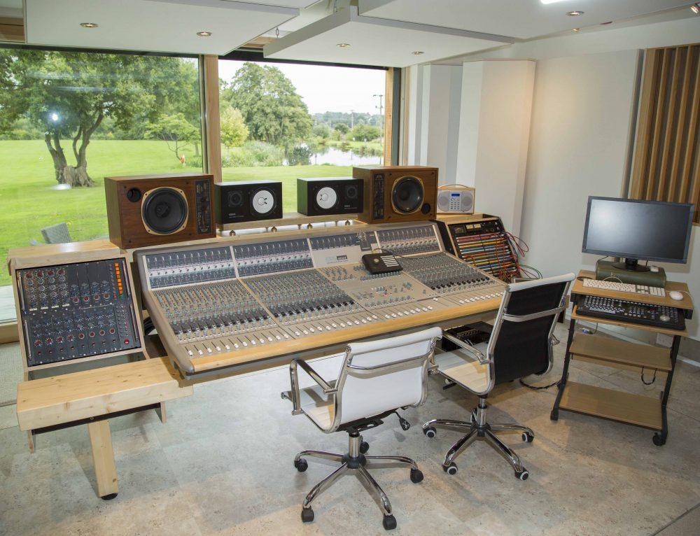 Cenzo Townshend's Decoy Studios (Part 2)